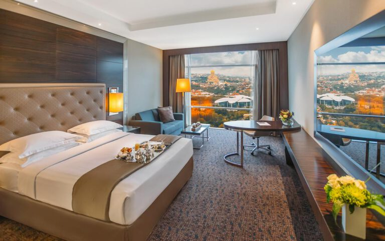 מלון Biltmore טביליסי