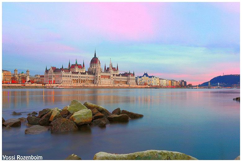 בודפשט היהודית (התמונה שלקח לו לצלם 5 שעות)