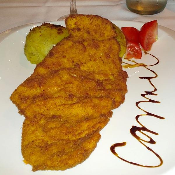 שלושה ימים בבודפשט - מסעדת כרמל