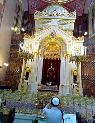 שלושה ימים בבודפשט - בית הכנסת דוהני