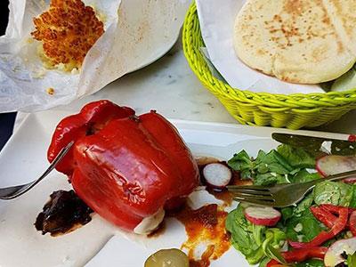 מסעדות כשרות בברלין - Hummus & Friends