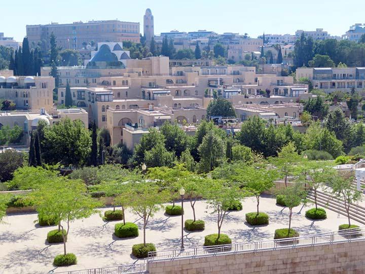 אתרים בחינם בירושלים - טיילת החומות